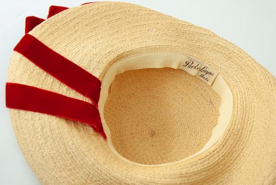 Vintage 1930s straw sun hat, red velvet ribbon, w… - image 9