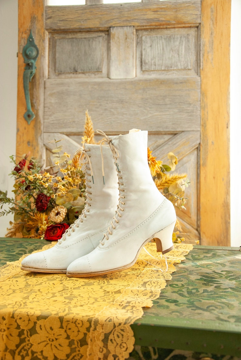 White Victorian boots leather wedding bridal lace up antique image 0