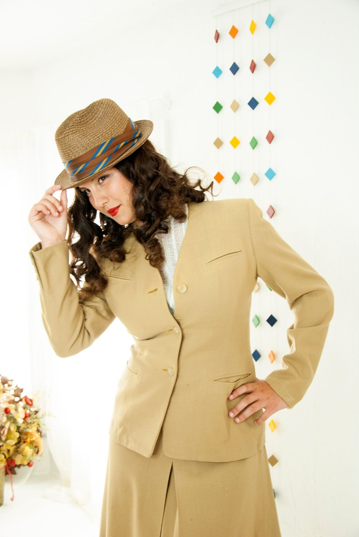 Vintage brown woven fedora hat summer blue striped band image 0