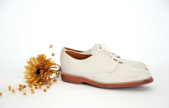 Vintage men's white leather shoes, light beige Lan