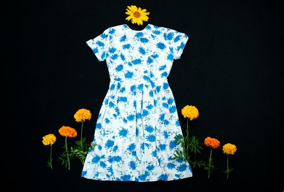 Vintage 1960s blue floral dress, white short sleev