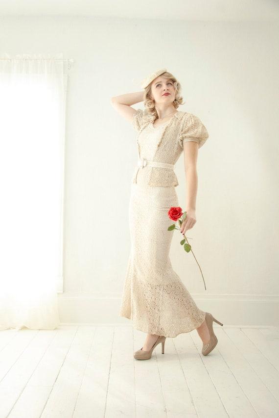 Vintage 1940s ivory lace wedding dress set, full-l