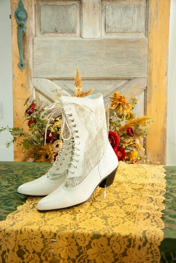 Vintage white lace granny boots, ivory leather Vic