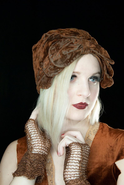 Vintage 1920s copper velvet cloche hat brown flapper art deco image 0