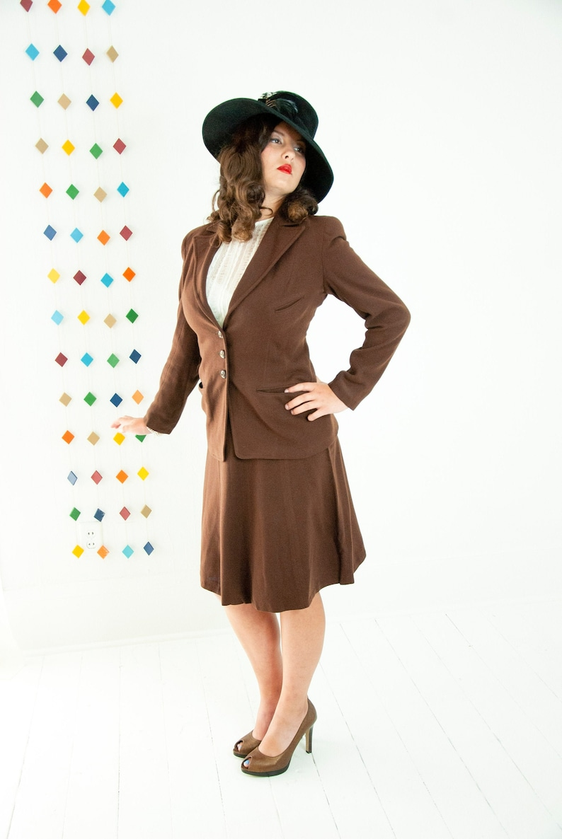 Vintage 1940s brown suit two piece blazer high waist skirt image 0