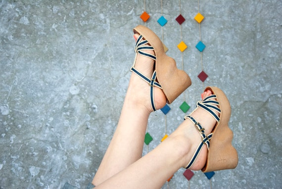 Vintage Famolare platform sandals, blue boho leath