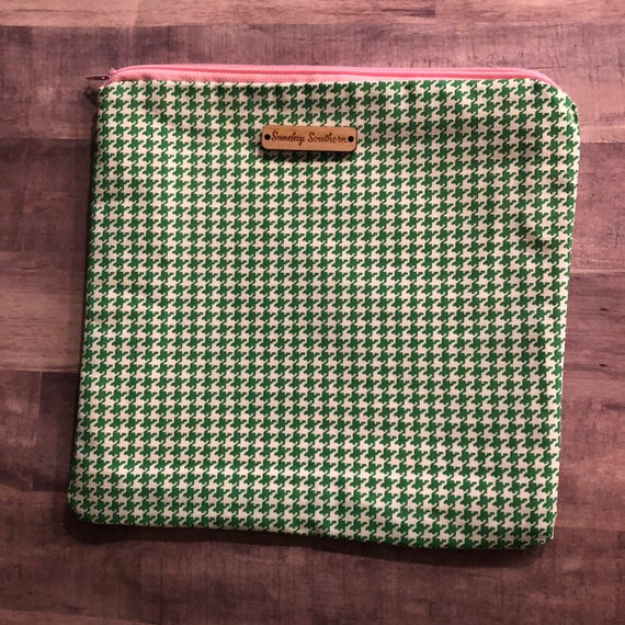 Houndstooth Slouch Sack