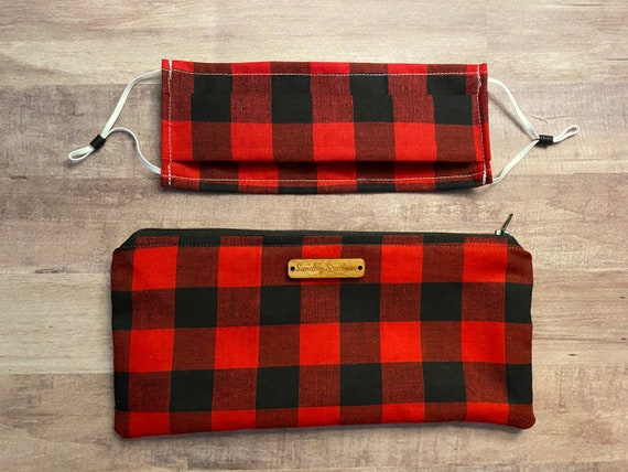 Set - Face Mask and Mask Zipper Pouch - Red Buffalo Plaid