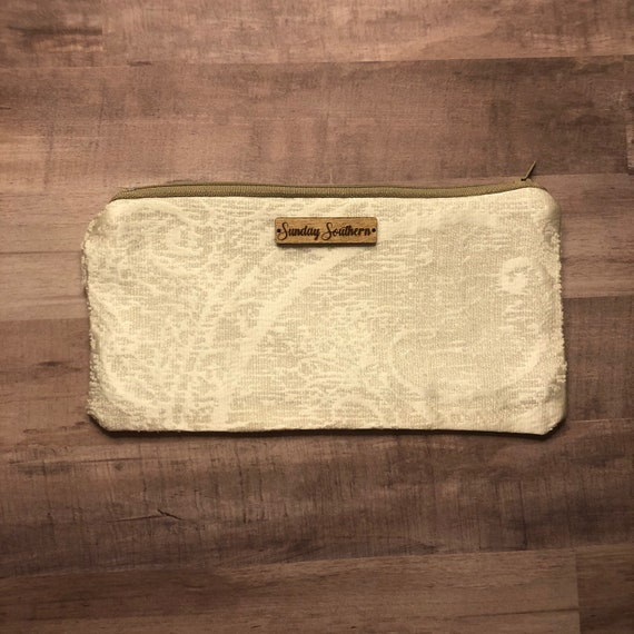 Mother of Pearl Small Zipper Pouch