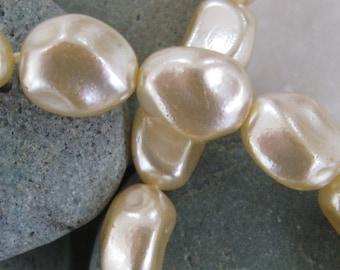 #GPG001 600 Pcs 2mm Cultura Glass Pearl