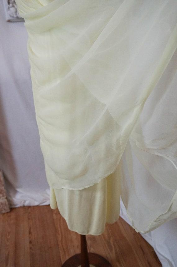 Sheer Yellow Vintage Nightgown  Women Sz S - image 8