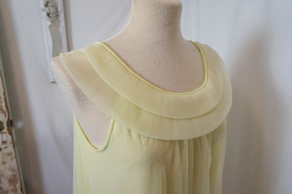 Sheer Yellow Vintage Nightgown  Women Sz S - image 3