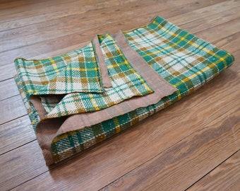 "Green Plaid Fabric Yardage / 2.5 Yards 54""W Lined Cloth / Vintage Sewing"