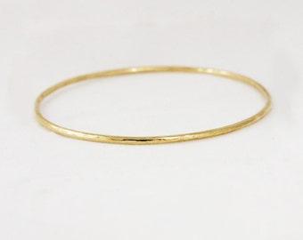 2mm Solid Gold Hammered Full Round Bangle Bracelet - Simple Gold Bracelet - Hammered Stacking Bracelet - Rose Yellow White - 10k 14k 18k
