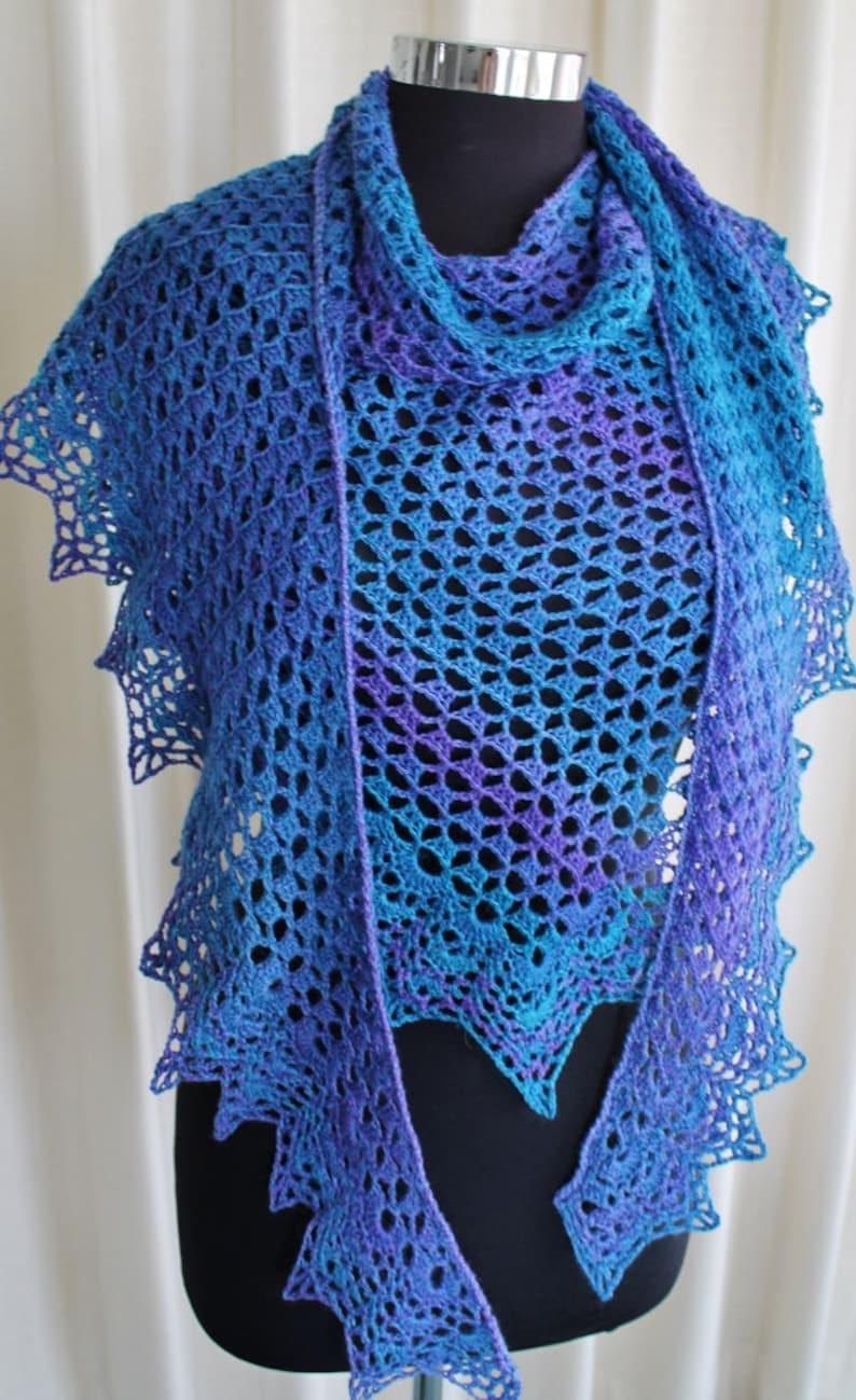 Crochet Pattern  Champagne Shawl image 0