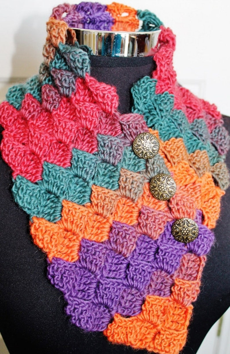 Crochet Pattern  Neck Warmer and Scarf image 0