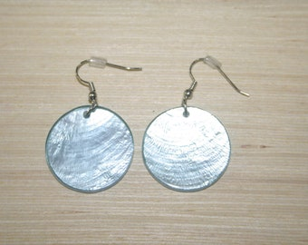 Earrings with real shells LZ-18-0125