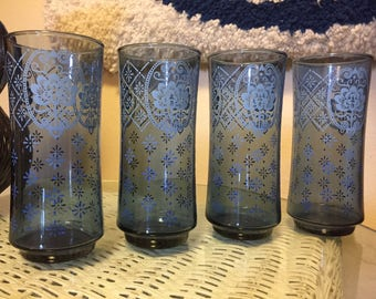 Set of 4 Blue Water Glasses - Vintage Glassware Set - Blue Floral Pattern - 80s Pint Glasses - 70s Juice Glasses Tumblers - Libbey Glass Co