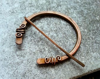 Celtic Penannular Shawl Pin Copper Scarf Sweater Pin Hand Forged Fibula Wire Wrapped Jewelry Wire Work Handmade Brooch Celtic Stone Pin