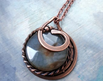 Wire Wrapped Green Pendant Copper necklace - Wire wrapped Jewelry Gift for her -Dragon veins  jewelry Copper pendant - Round  Pendant