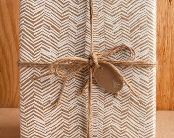 White Hand Drawn Lines  / Wrapping Paper / 3 Sheets