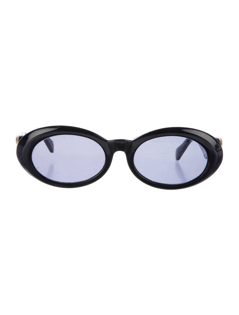 2b66c919df3e8 80s GIANNI VERSACE Oval Eye   Cat Eye Collectible Thick Black