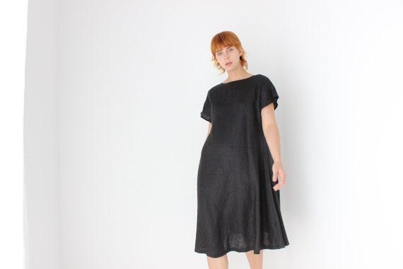 Minimal 90s Roomy & Relaxed Black Linen Tee Dress