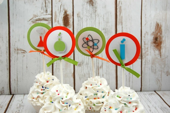Set of 20 Precut Edible Image Cupcake Topper Featuring a Vintage Snowman 1.5 inch Round