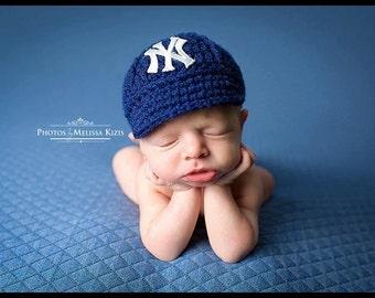 Yankees Baby Hat - Cap - New York Yankees - Baby Gift   Newborn - Baseball  Photo Prop - MLB - Knitted   Crochet 53a536d77b4