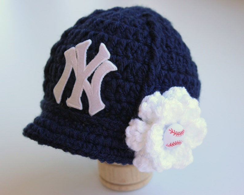 aeb304ed9e5 Baby Girl NY Yankees Hat Knitted   Crochet Baby Girl