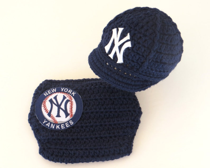 4eb9cfc52 Newborn Baby New York Yankees Outfit Set, Hat, Cap, Diaper Cover, Knitted  Crochet, Baby Gift, Photo Prop, Baseball, MLB, Handmade