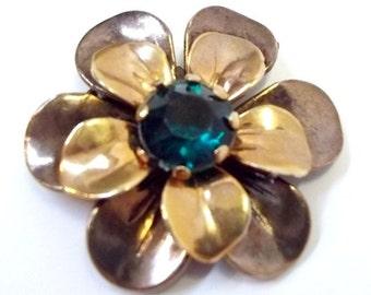 Small Brass Flower Dress Clip With Emerald Green Rhinestone Center  DD 804