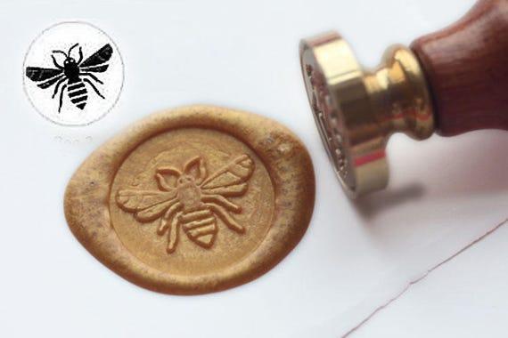 Ensemble de cire Stamp Kit 3 t/êtes en laiton de tampon de sceau de cire et 1 poign/ée en bois kit de cire /à cacheter adh/ésif Vintage Arts /& Crafts pour enveloppe Carte Postale