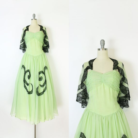 vintage 40s dress set / 1940s green dress shawl /