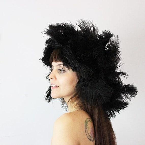 vintage 60s hat / 1960s feather hat / huge big fea