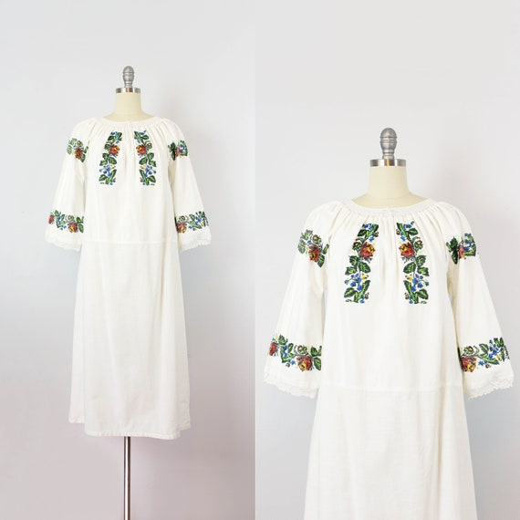 vintage 1940s folk dress / 1940s beaded embroidere