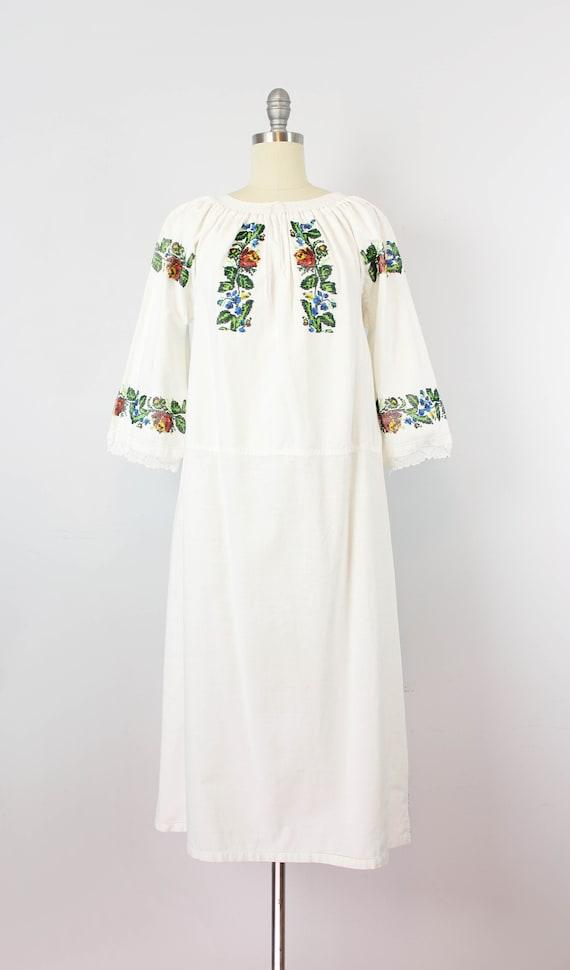 vintage 1940s folk dress / 1940s beaded embroider… - image 2