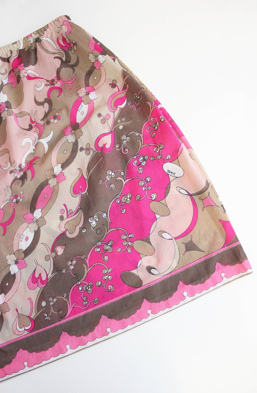 1960s printed half slip  1960s EMILIO PUCCI Formfit Rogers slip mini skirt  graphic printed slip skirt  pink floral heart print lingerie