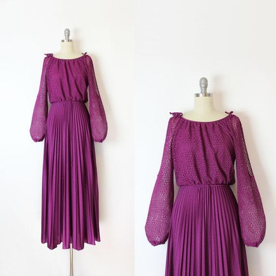 vintage 70s dress / 1970s crochet maxi dress / pur