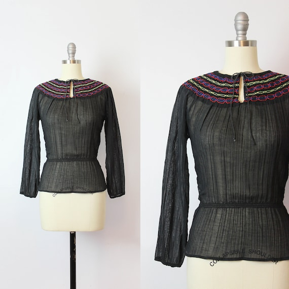 vintage 70s peasant blouse / 1970s gauzy cotton bl