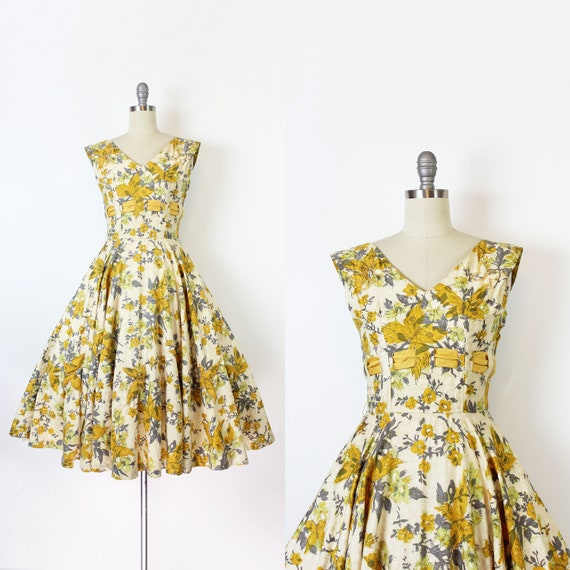vintage 50s dress / 1950s novelty print dress / 19