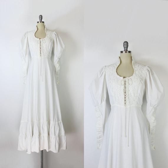 vintage 70s dress / 1970s GUNNE SAX dress / white