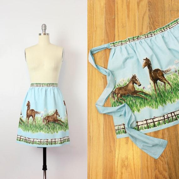 7b8b848969b1 vintage 50s novelty print apron   1950s horse print apron   cotton half  waist apron   animal farm scene apron