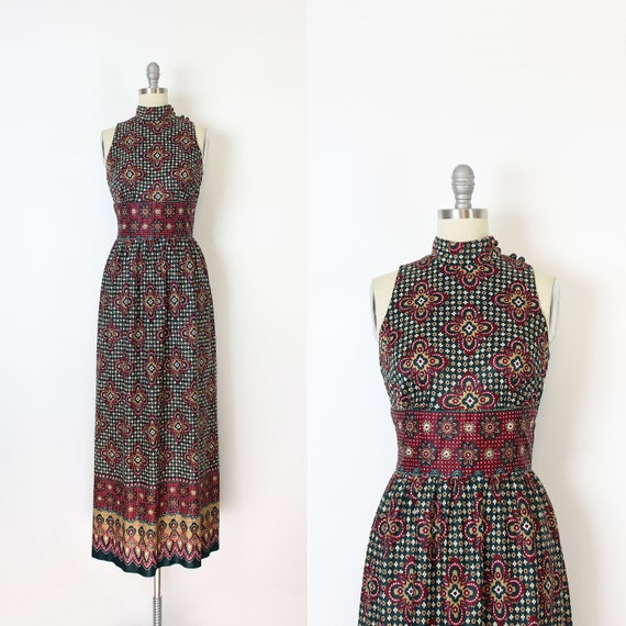 vintage 70s dress / 1970s printed maxi dress / dre