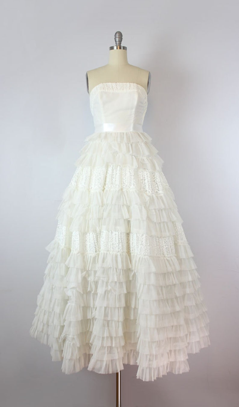 f71d895de2a Vintage 50s wedding dress   1950s strapless white dress