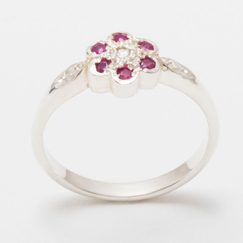 10k Customizable  9k 18k White Gold Cubic Zirconia /& Ruby womens Daisy Ring Rose or White Gold or Platinum 14k,18K Yellow