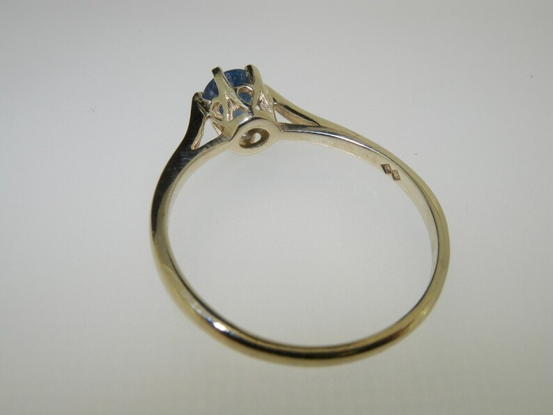 Customize 9K,14K,18K Gold Made in England Natural Light Blue Sapphire 925 Solid Sterling Silver Classic Solitaire Engagement Ring