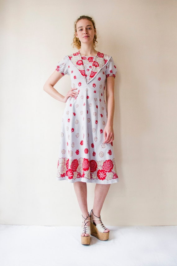 Vintage 1930s pastel lilac & red floral linen dres