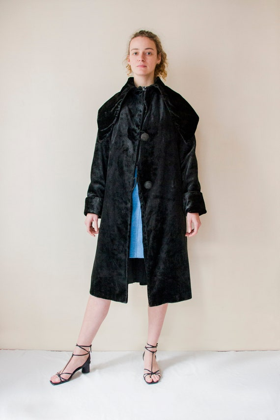 Vintage 1940s huge collar black velvet coat // 40s