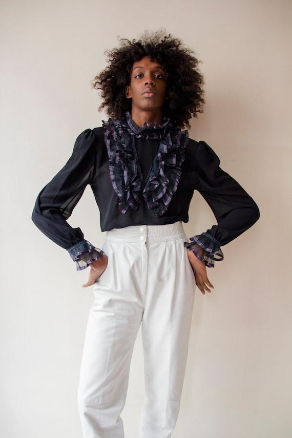 Vintage 1980s Pierrot ruffled collar black sheer p